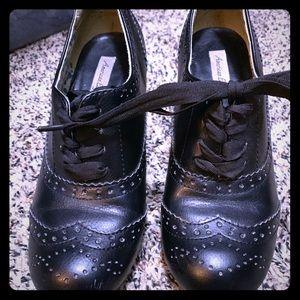 Women's American Eagle Mary Jane heels Size 8